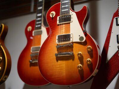 本日の掲載品 Gibson & Fender 綺麗なUSED
